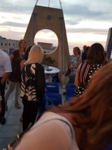 Convention culturale nel terrazzo panoramico