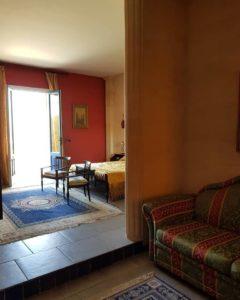 Salotto e zona notte suite Canova