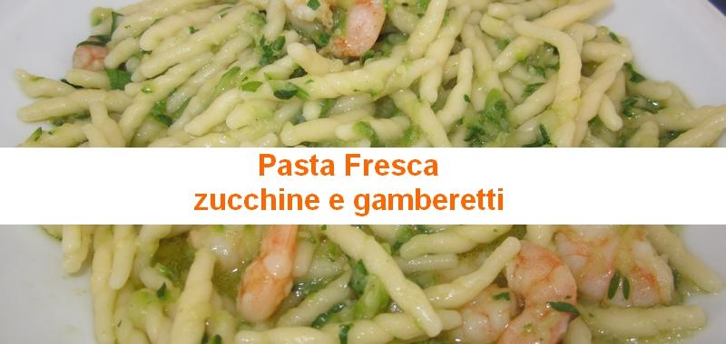 Pasta zucchine e gamberetti